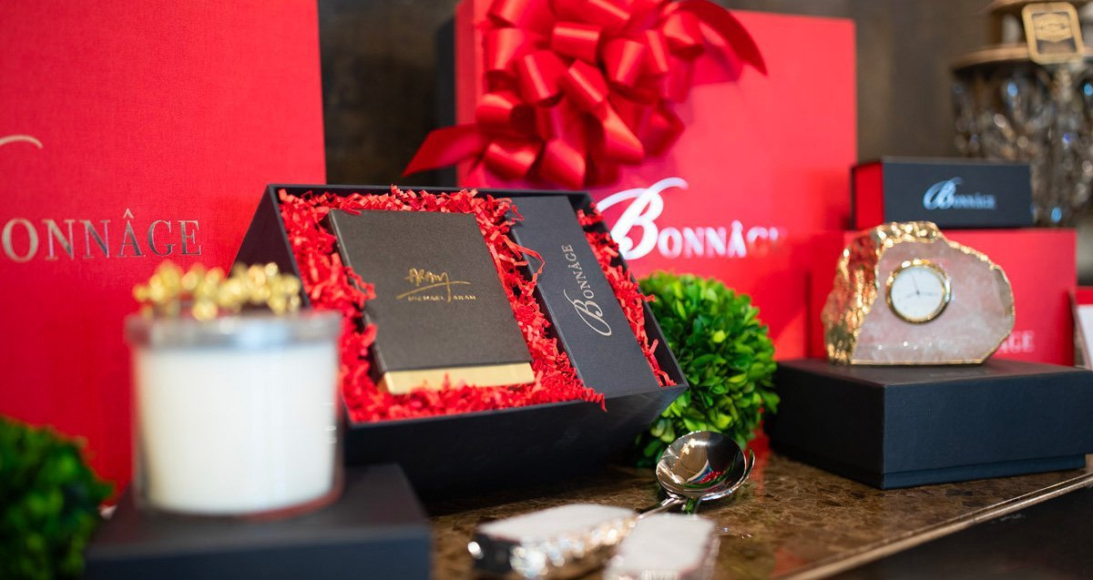 Luxury Gifts and Packaging